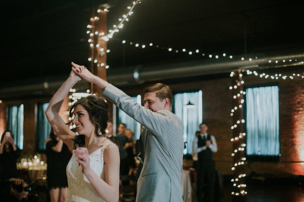 Columbus_Wedding_Photography_093.jpg