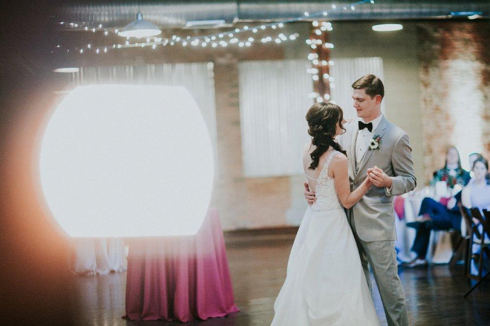 Columbus_Wedding_Photography_096.jpg