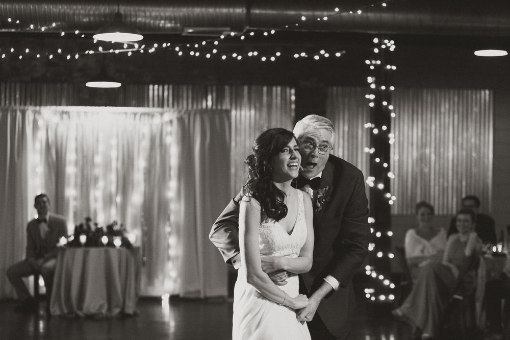 Columbus_Wedding_Photography_111.jpg