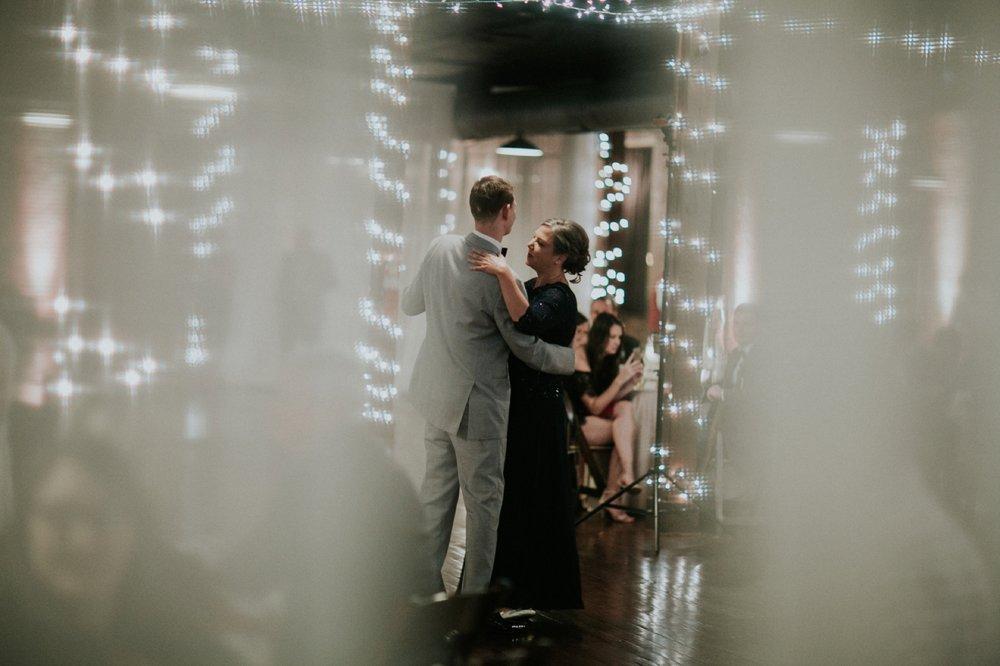 Columbus_Wedding_Photography_115.jpg