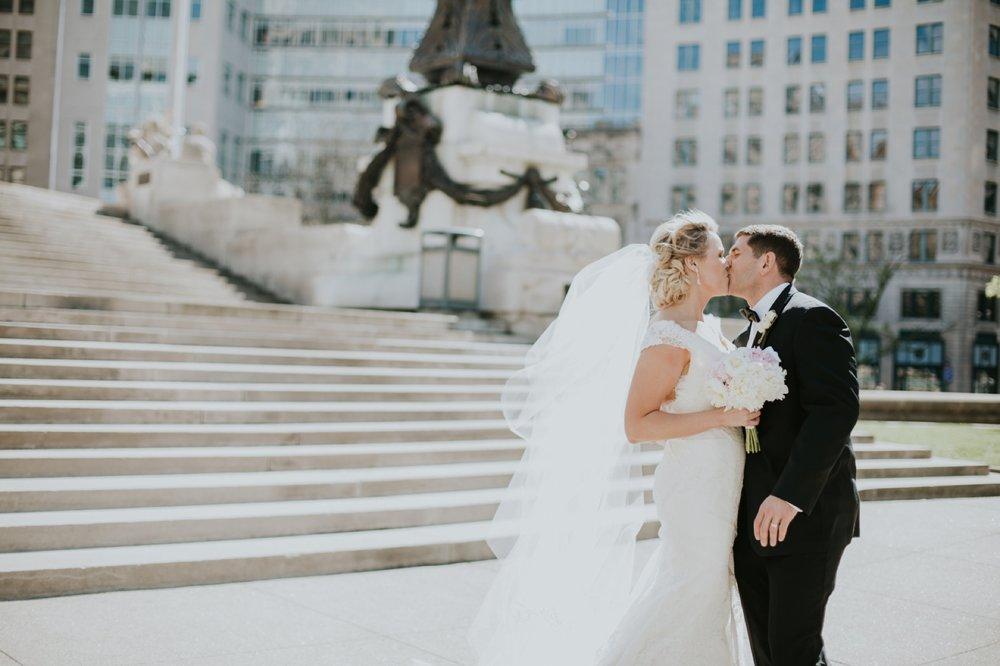 Indianapolis_Wedding_065.jpg