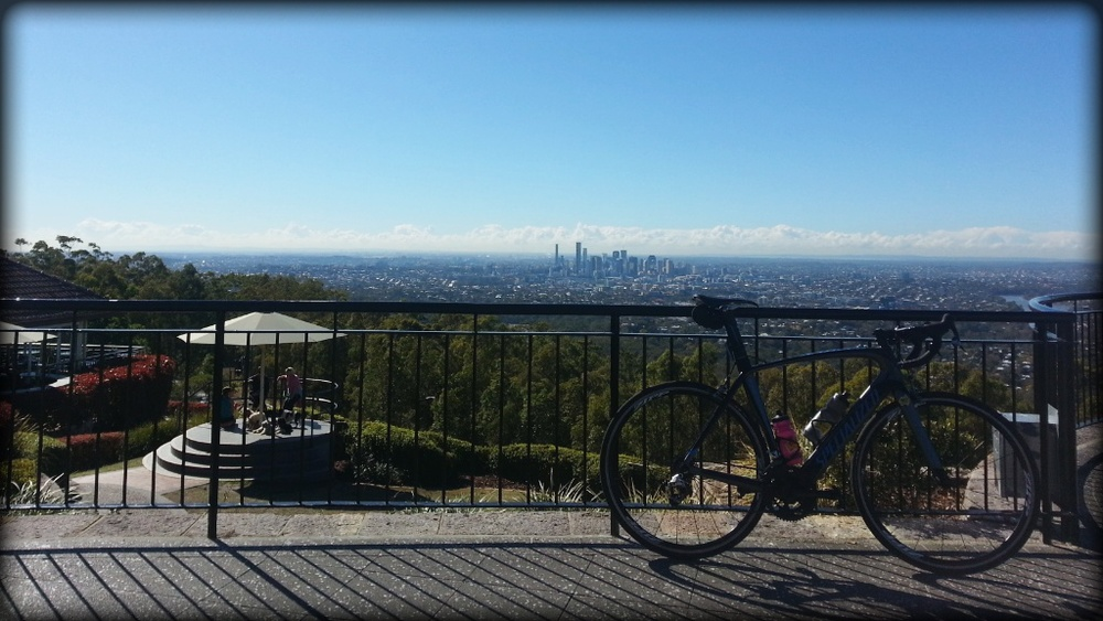 View from Mt Coot-tha lookout - Brisbane City backdrop.