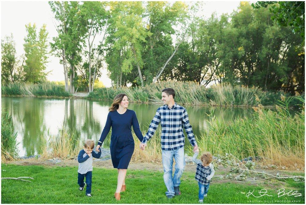 LochLomondUTfamilyPhoto_0007.jpg