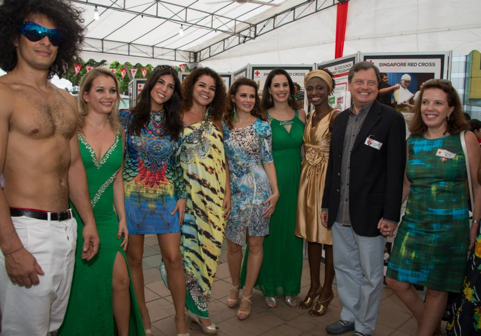CARLA Persnal Styling Red Cross Bazzar 2015 Brazilian Embassador.jpg