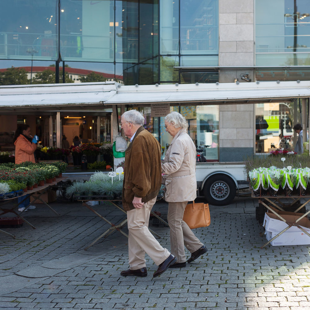 09_PetersilieUndPastinake_MagdalenaStengel_knallrotfilme_wochenmarkt_dortmund.jpg