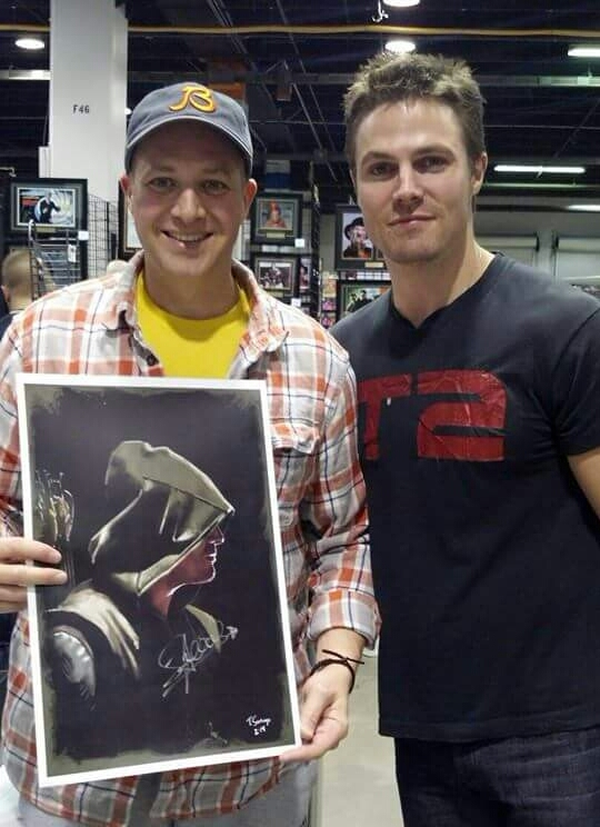 autographed-arrow-fan-art-by-tony-santiago.jpg