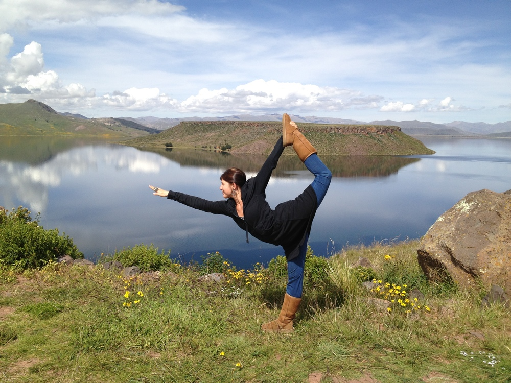 Balancing the Masculine and Feminine in the body with some Hatha Yoga in front of Lake Titicaca
