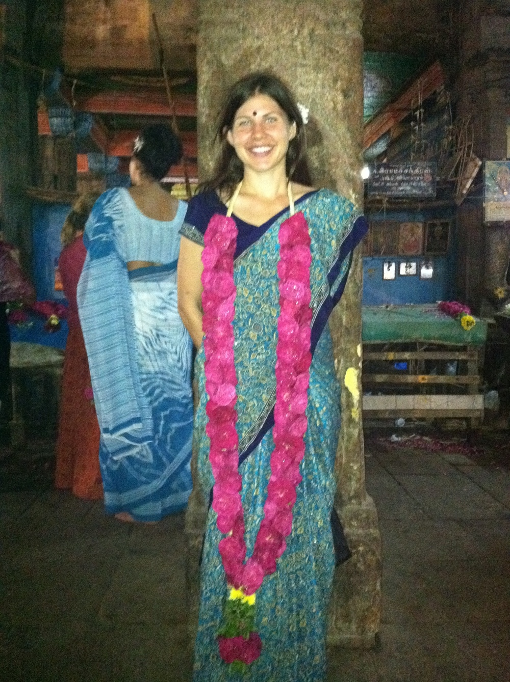 Rochelle in front of the the Shiva temple in Chidambaram
