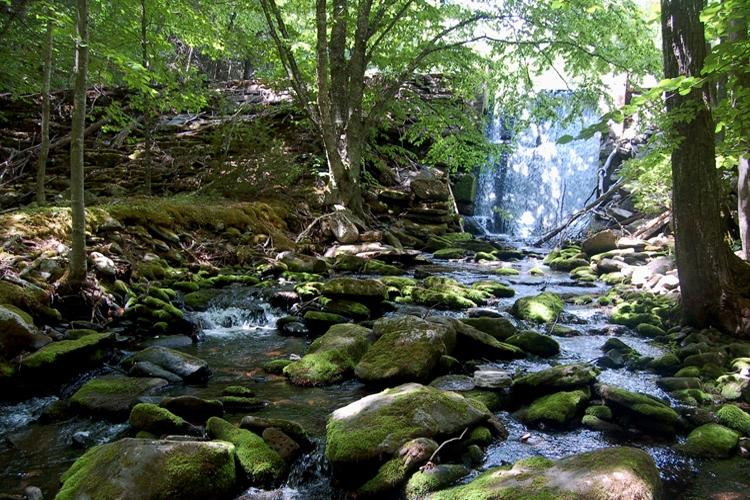 05-waterfall.jpg