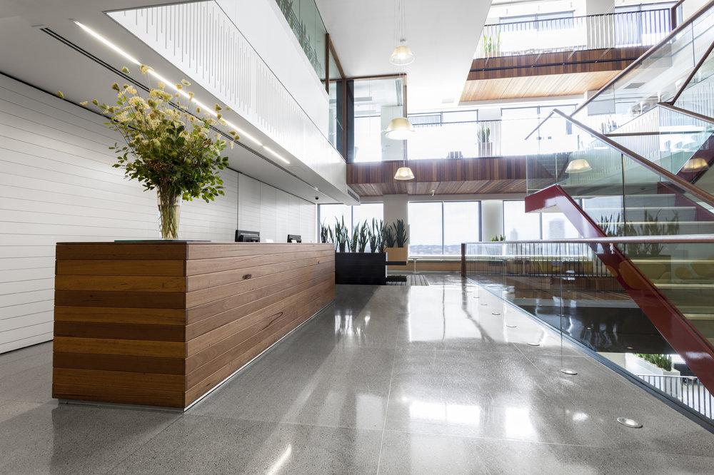 Facility Management - CBRE Global Workplace Solutions er ledende innenfor integrert facility management i Norden. Vi administrerer og vedlikeholder store og komplekse bygninger, sikrer optimalt energiforbruk og skaper grønne løsninger.