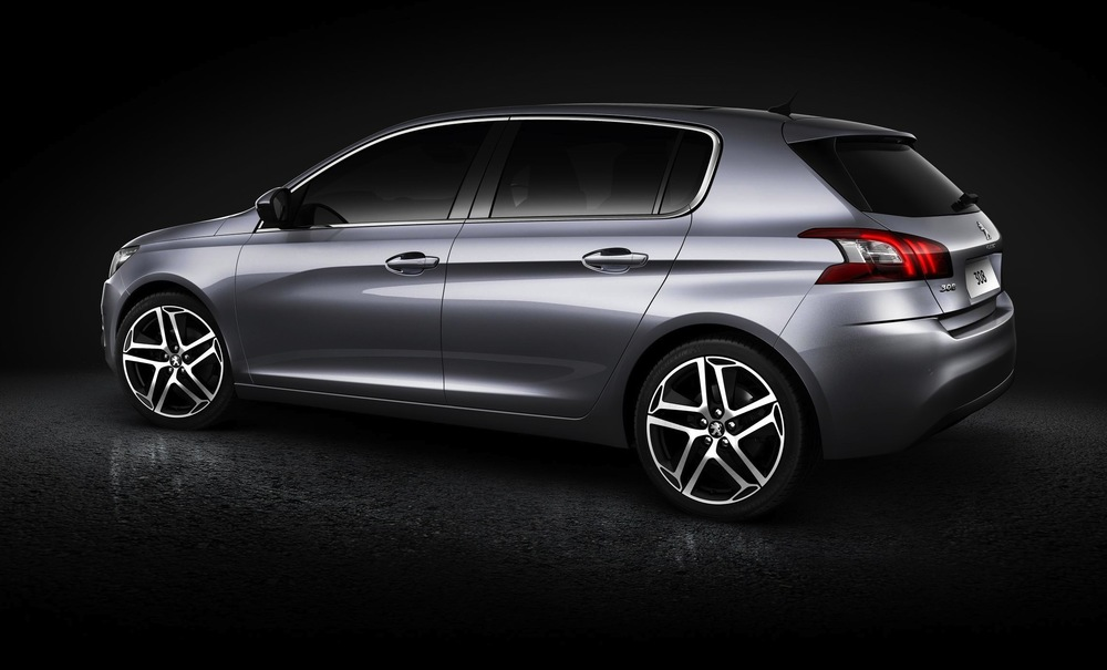 2013-Peugeot-308-side-with-rear.jpg