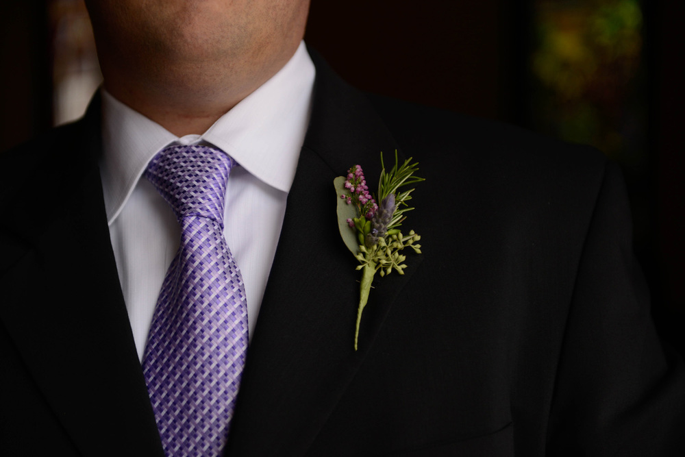 Purple Boutonnière Ideas