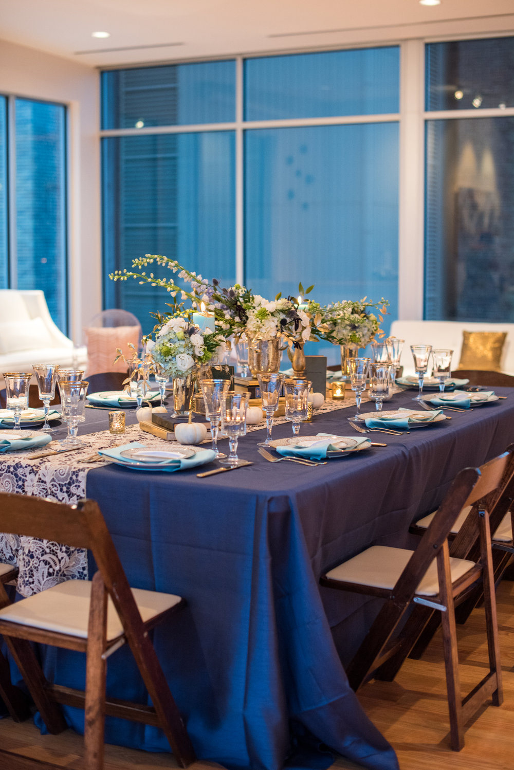 Navy Tablescape