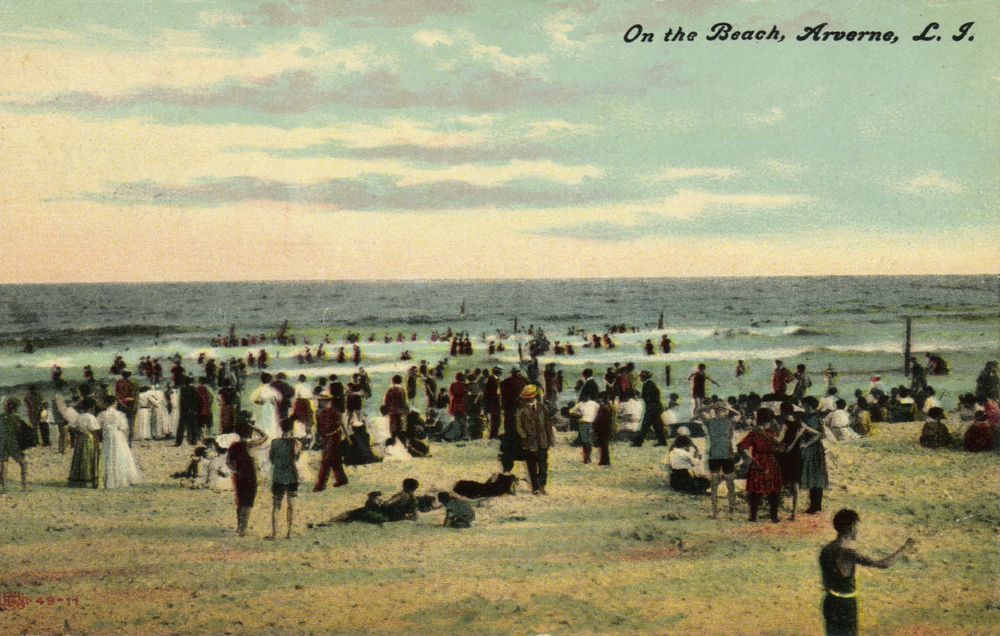 The Beach at Arverne   Photo courtesy of the   Leiman Library     and The Leiman Collection on   Rockawaymemories.com