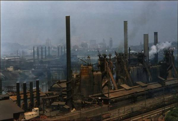 J&L Steel Mills in Pittsburgh, PA, ca. 1950.