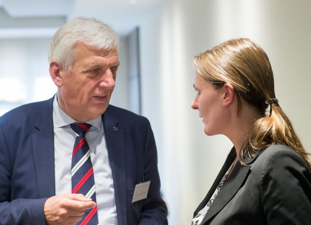 Capt. Wilhelm Mertens, Geschäftsführer des Verbands Deutscher Kapitäne und Schiffsoffiziere (VDKS) & Sarah Fiona Gahlen, University of Kiel and GAMI Vice-President