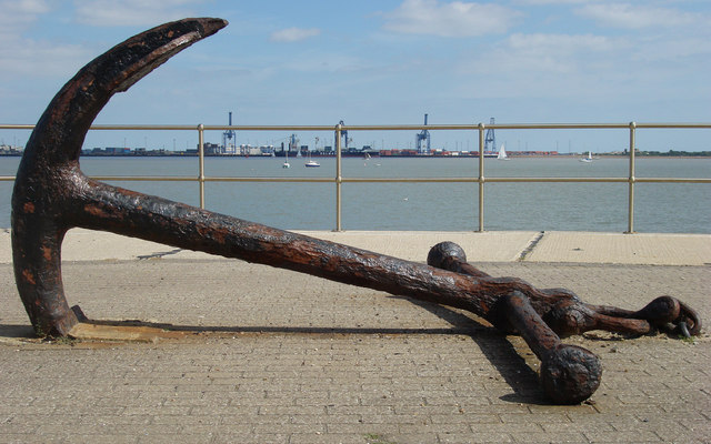 """Ship's anchors are a popular salvage item. Photo courtesy of """"Oxyman""""."""
