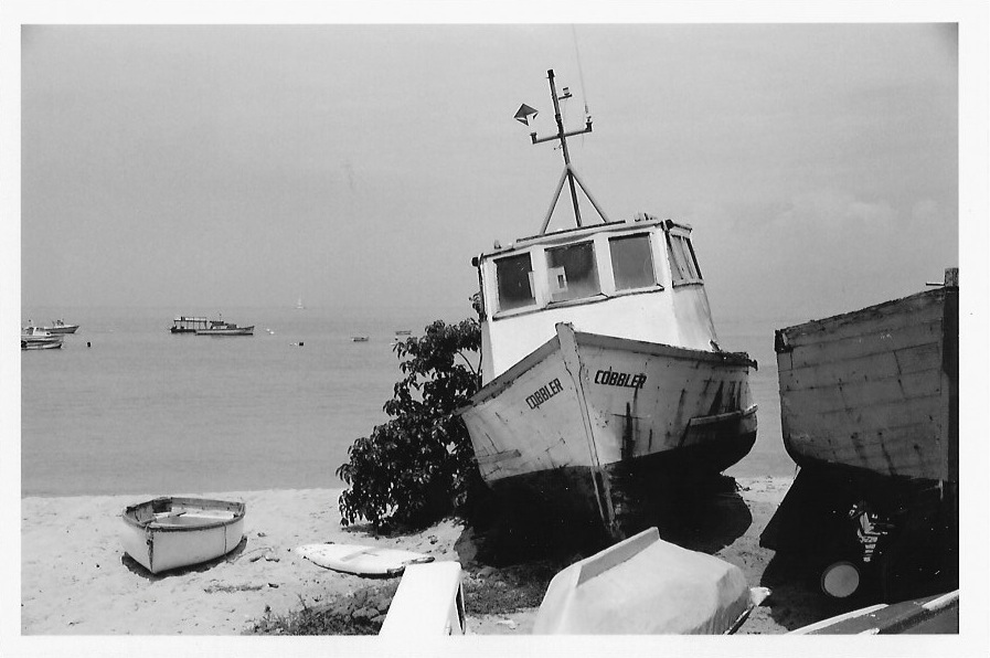 001_boat.jpg