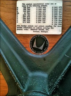 authentic eames lounge chair. MyEamesLoungeChair_Label_Disc-Black_Pre1971.jpg Authentic Eames Lounge Chair T
