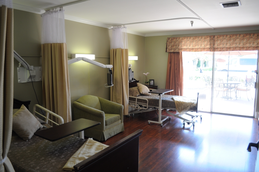 Facility, patient's room