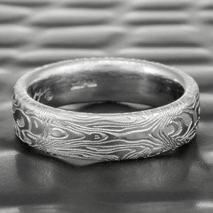 Women S Damascus Steel Wedding Rings Steven Jacob