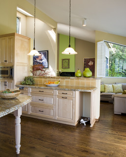 traditional kitchen design   by   san francisco design-build     Harrell Remodeling