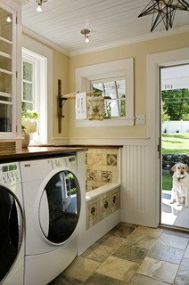 traditional laundry room design   by   burlington architect     Smith & Vansant Architects PC