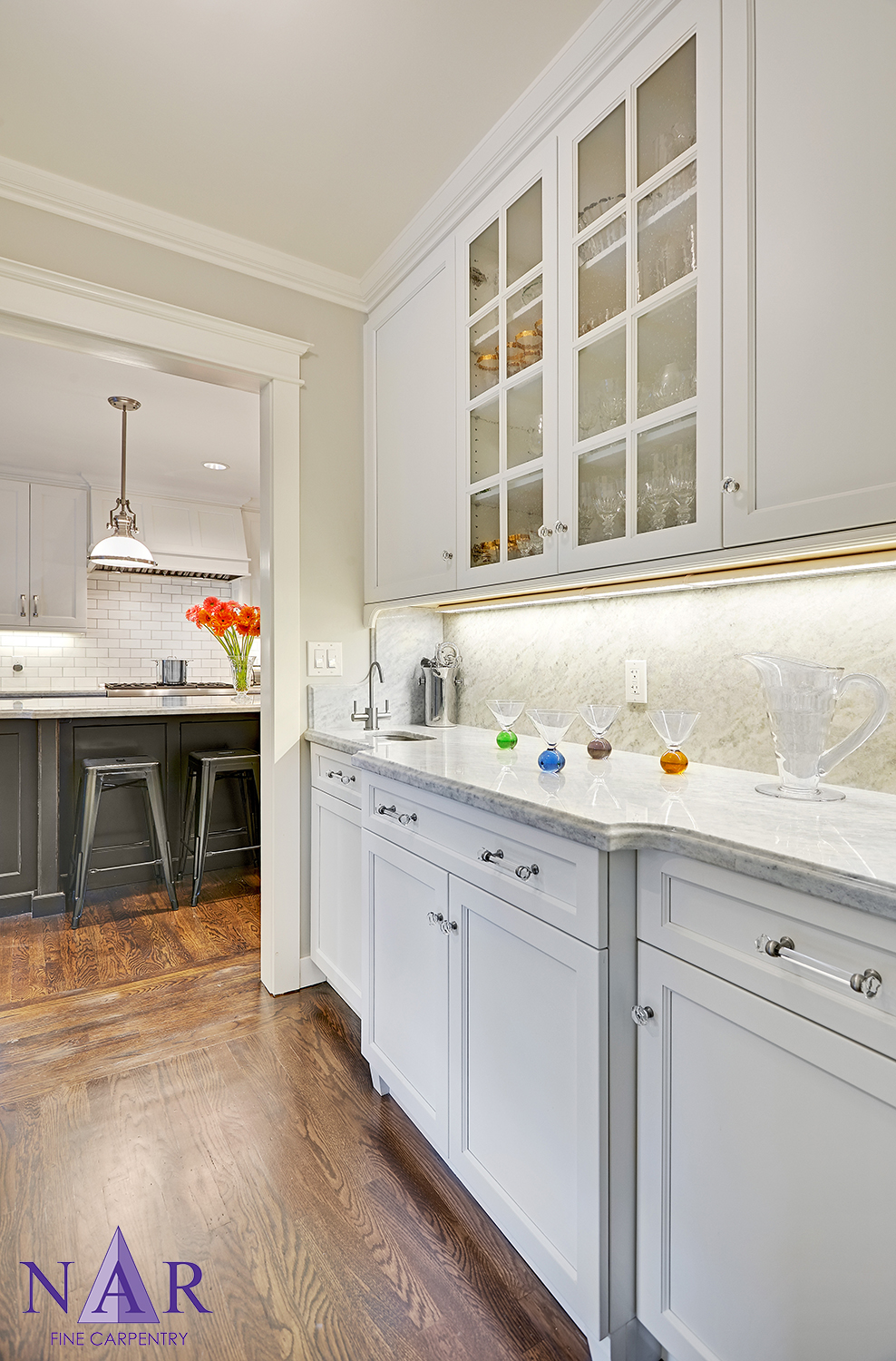 East Sac Tuxedo Kitchen — Nar Fine Carpentry
