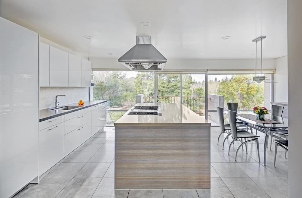 Carmichael Riverfront Modern . Nar Fine Carpentry. Sacramento. El Dorado Hills