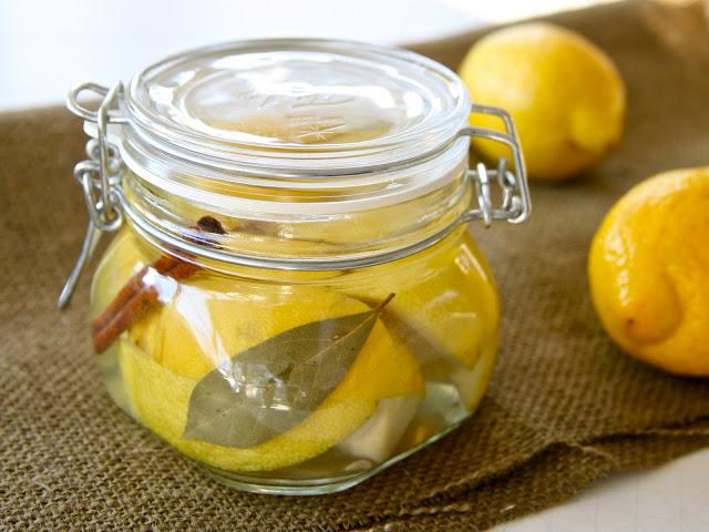Lemons+in+jar+1.jpg