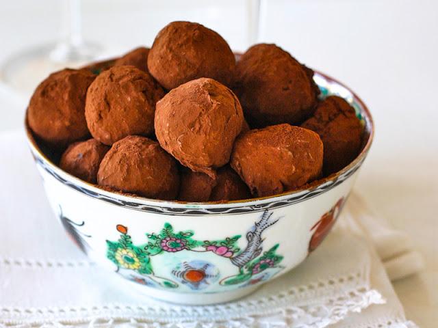 Chocolate+truffles+in+Nane+Bernard's+bowl.jpg
