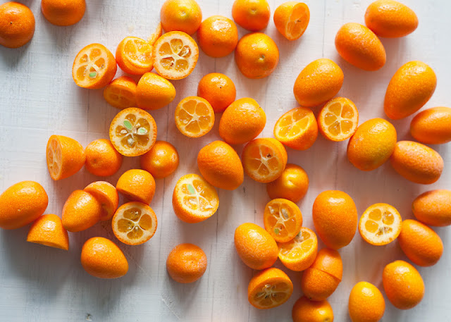 kumquats,+sliced.jpg