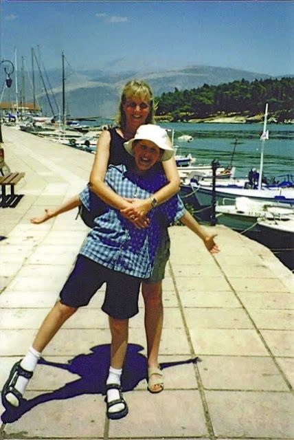 Luke+and+Sally+Greece+2.jpg