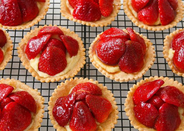 Strawberry+tartlets+R-2.jpg