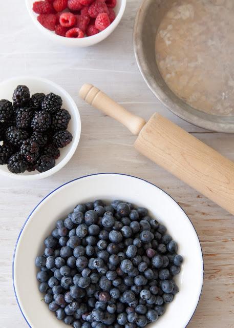 Blueberry+Pie-000-2011-07-31.jpg