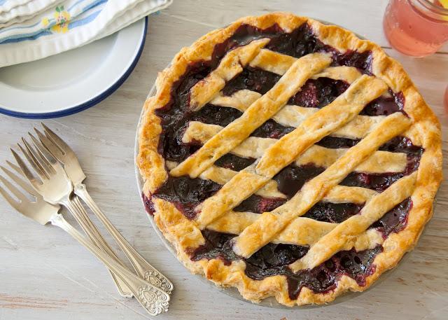 Blueberry+Pie-000-2011-07-95.jpg+lo+rez.jpg