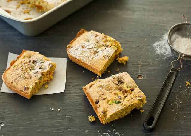 Pistachio almond cake