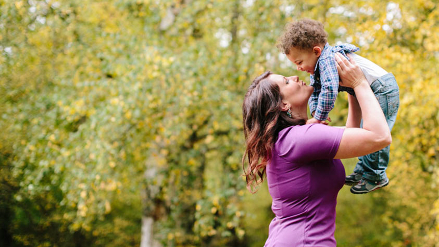seattle-family-photographer-adams20120005.jpg