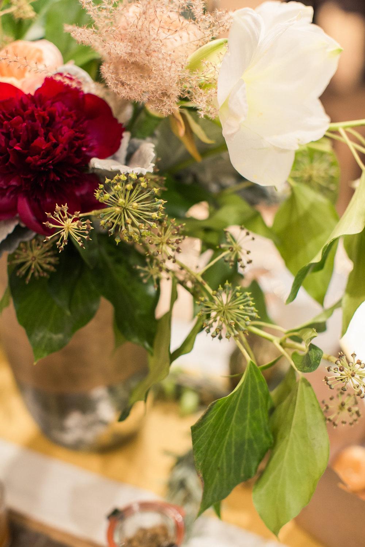sweet-annie-floral-west-elm-bash-studio-holiday-flowers
