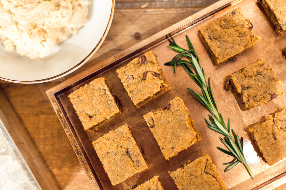 shindig-frosting-cheese-pumpkin-squares-recipe-west-elm