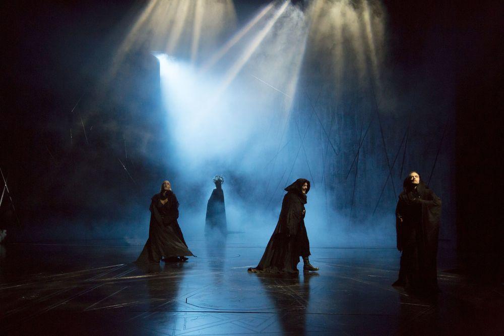 Macbeth LCT 10-13 007.jpg