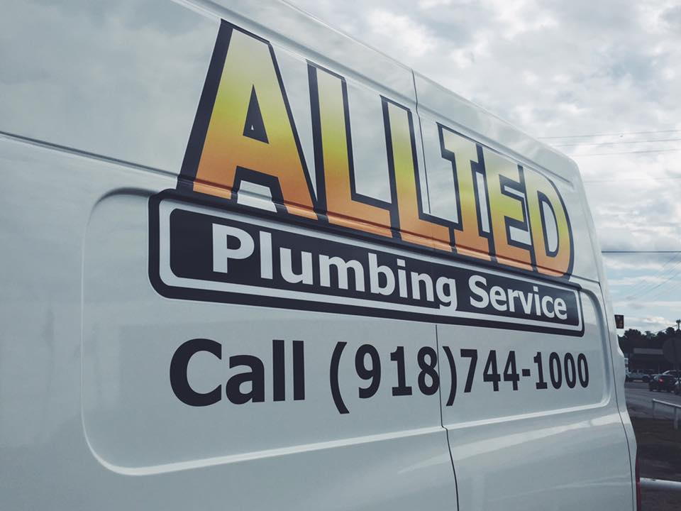 ALLIED PLUMBING // FLEET VEHICLE GRAPHICS PARTIAL WRAP BRANDING