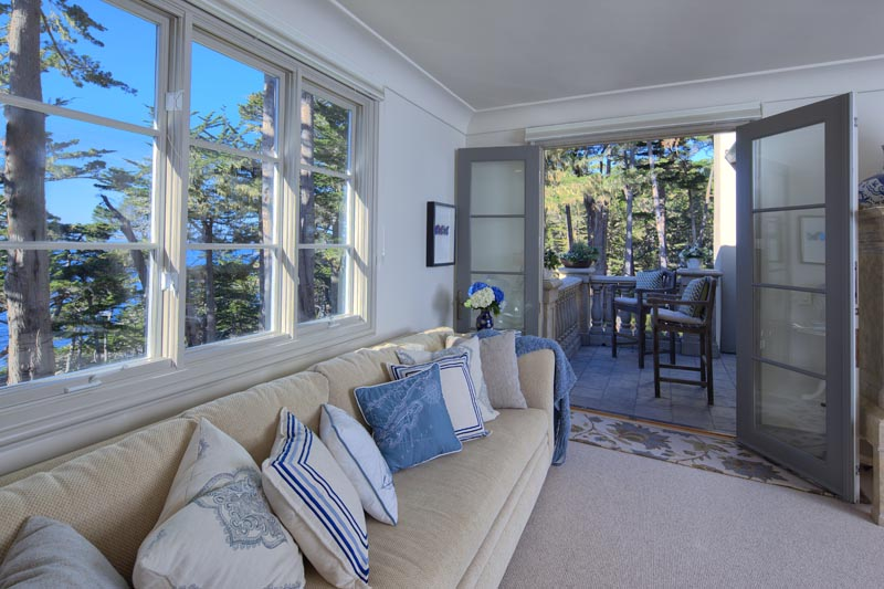 Pebble Beach upstairs guest balcony