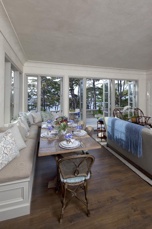 Pebble Beach Breakfast nook