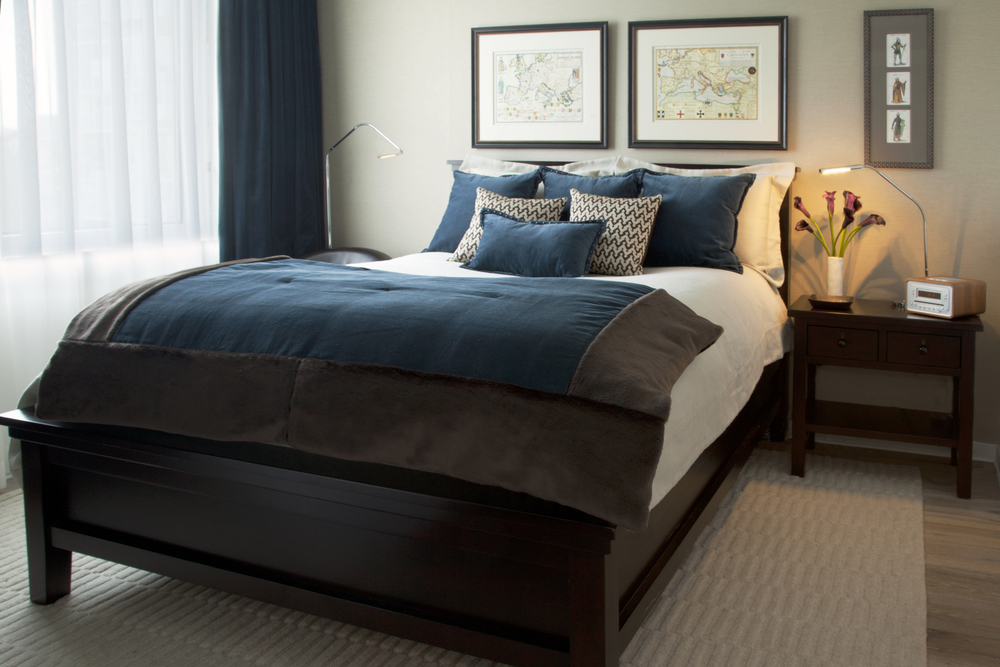 Bachelor pad bedroom blue throw
