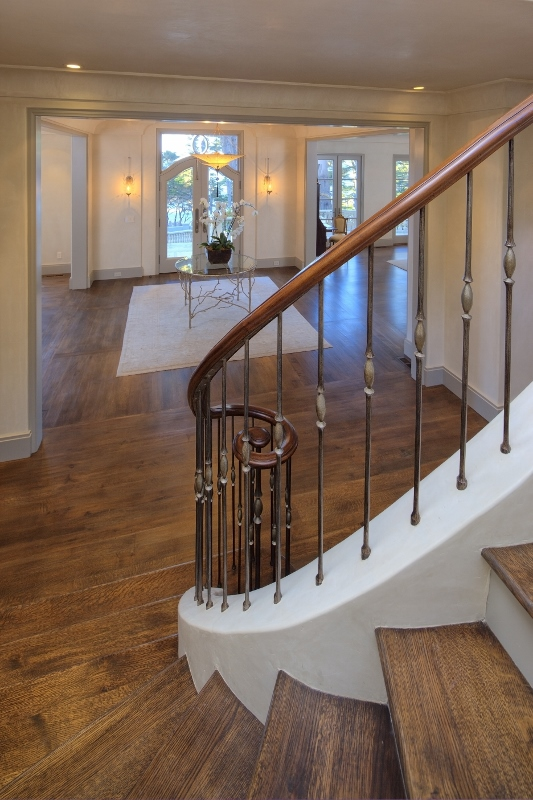 Pebble beach stair entry way