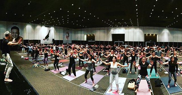 Great turn out for Qigong workshop at @encuentrodeyogamx yoga conference! Muchas gracias Mexico City🙌🏼 #longevityqigong #qigong #mexicocity