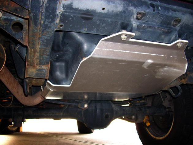 columbia_overland_skid_plate_fuel_tank_1.jpg