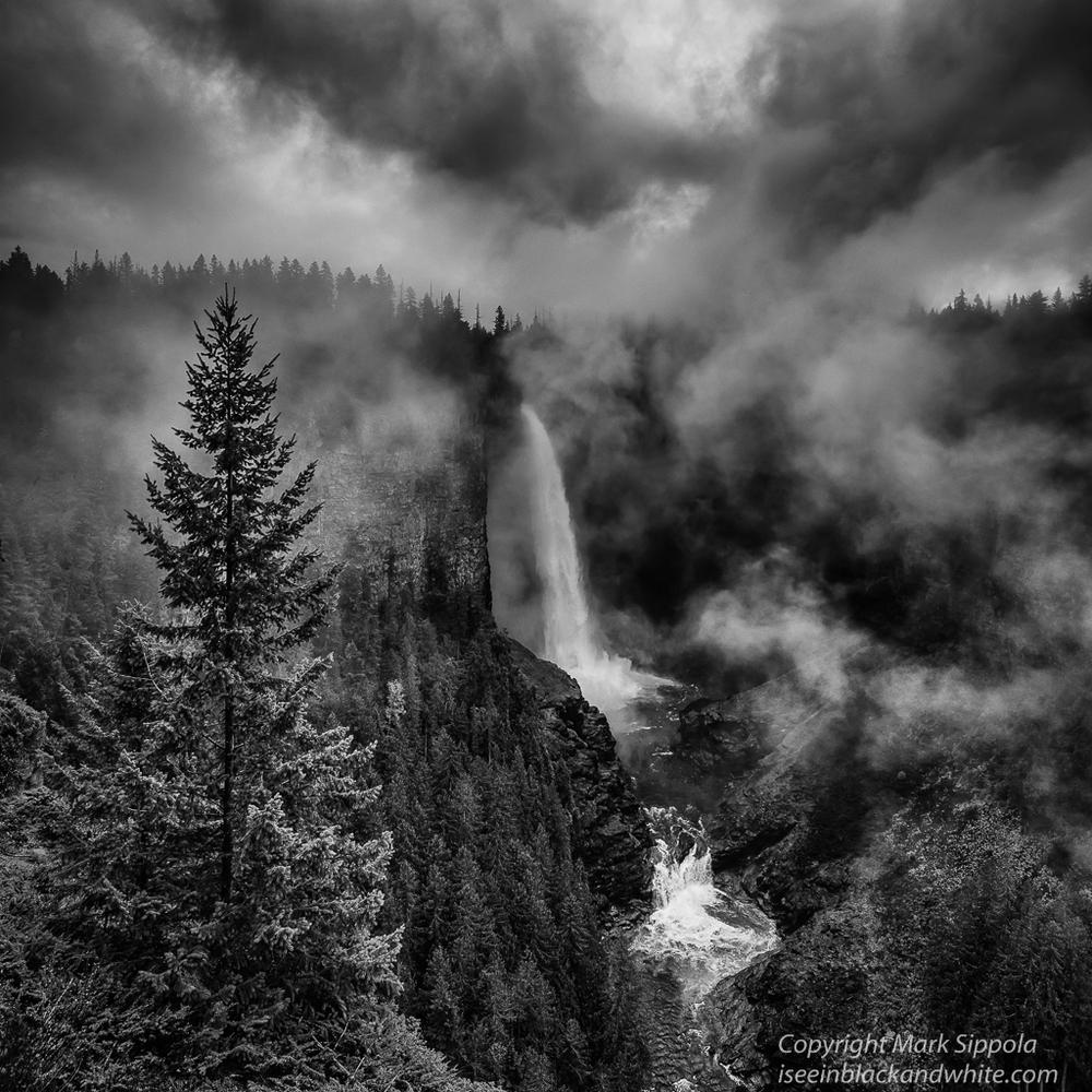 Helmcken Falls_Wells Gray Provincial Park