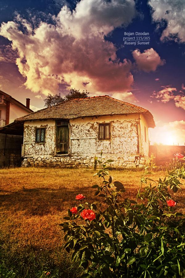 Rusanj Sunsetfb.jpg